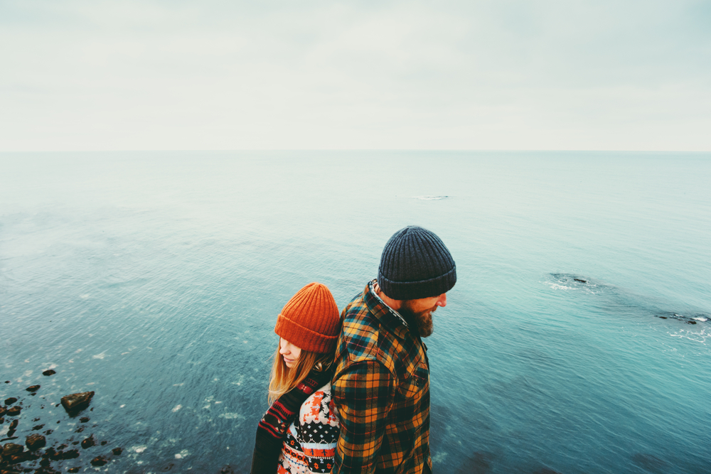 5 Warning Signs That Your Long Distance Relationship Isn't